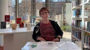Melanie Bergzoll in der Stadtbibliothek Giesing