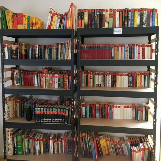 Foto vom Bücherregel im Nachbarschafts·treff Giesing