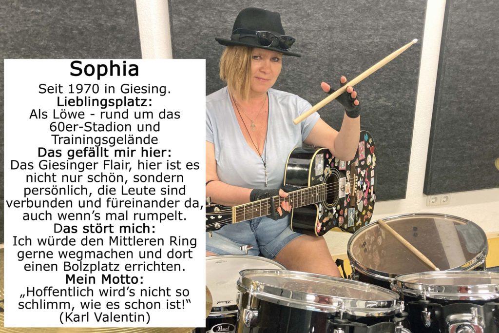 Foto von Sophia mit Gittare und Schlagzeug